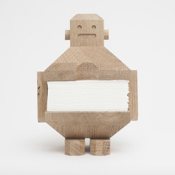 Robo Wood - exhibition in St. Petersburg (Russia) is an independent experimental project directed to a work with small shapes and detection of aesthetics of functional objects.