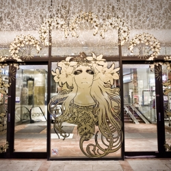 Stockholm high end department store PK-huset has been revamped with a retro glamorous face lift in gold.