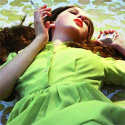 L.A based photographer Alex Prager takes some awesome cinematic photos. Her website is pretty spanking as well.