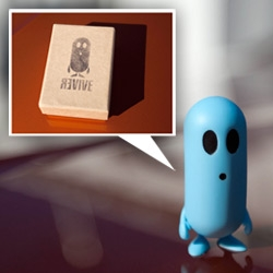 Revive's Denzel ~ this phone concept by Kinneir Dufort has an adorable ambassador! Take a peek at the unboxing of the toy prototype and video of the concept... and the car he's standing on!