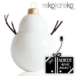 NOTCOT Holiday Giveaway #3: Reiko Kaneko is giving away 10 Twiggy Snowmen Ornaments! What would you do with one?