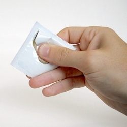The One Handed Condom Wrapper by London based designer Ben Pawle makes safe sex that little bit smoother. Opened, quite literally, with a click of the fingers.