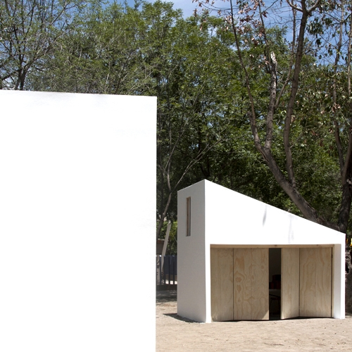 "Designed by S-AR architects, ""Pabellones Museo MARCO"" is a series of small summer pavilions that serve as outdoors classrooms for workshops and other activities related to arts and crafts."