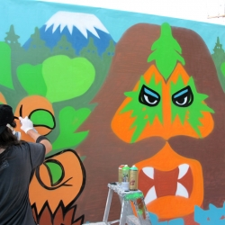 160+ Photos from Electric Windows 2010 Art Event featuring 30 amazing urban artists.