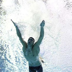 Underwater frame-by-frame photographs of the extremely close race between Phelps and Cavic.