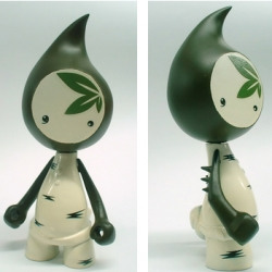 How adorable is this new Gooma line by Sergey Safonov, who has been working to get  toy design going in Russia... LOVE the teardrop shape... they are apparently based on the seeds of the gooma tree... love those arm spikes.