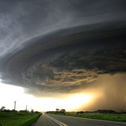 Tons of crazy storm pictures from a professional storm chaser.
