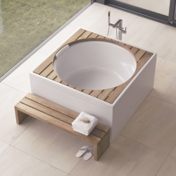 "Duravit's Blue Moon Whirlpool - wow - ""Bathing not in a tub but in a pool. The more water, the more space, the more depth the better."""