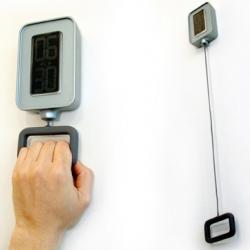 pull alarm clock concept