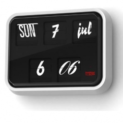 Sebastion Wrong makes this Font Clock, for those who can never settle on just one typeface!
