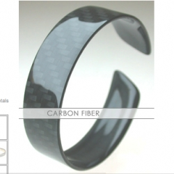 CARBON FIBER! Bracelets and rings =)