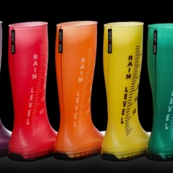 "Regina Regis rain boots have been created to add a touch of design and fancy to the ""water protection concept"". These cool looking rain boots comes in a whole scale of rainbow colors."