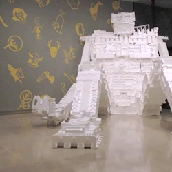 Michael Salter has done it again with another HUGE Styrobot ~ watch this appear from a pile of styrofoam in his HD time lapsed video. WOW. So mesmerizingly cool.