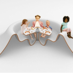 Children of today are so lucky. Life is so much more fun than when we were kids. A great example is this Slide – Eat table by Studio Klass. You can climb to your seat to eat your lunch and then slide back to your toys. So Cool!
