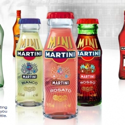 Martini Minis ~ i had no idea these existed until i was researching more on Martini & Rossi! How adorable is the packaging?