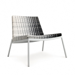 The gradient chair is a outdoor quality furniture that is hand-woven. The Gradient patterns are only possible because it is hand-woven. Designed by Fang Studio for Kian.