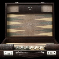 Never seen anything as beautiful as the Geoffrey Parker Shagreen inlay backgammon set.