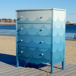 Chromalab's Deep Sea Dresser - beautiful piece, great backdrop to shoot it!