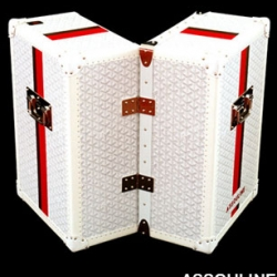 Fantastic new Goyard trunk in collaboration with Assouline book publishers, comes with a nice collection of luxury books, 100 Memoire photo-biographies...