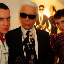 Karl Lagerfeld got his own doll by Mattel. Now the fashion legend exists in the form of a teddy and a doll!
