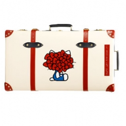 Hello Kitty now also made onto an exclusive Globetrotter suitcase, designed by Japanese high end brand Undercover!