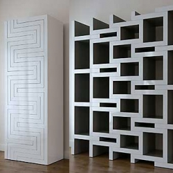 Amazing expandable (and collapsible) bookcase by Dutch designer Reiner de Jong. This would make moving so much easier...