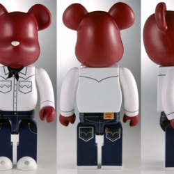 Fantastic new project by Levis and Japanese Medicom Toys company to be released in August. A special pair 0f 501 jeans with reflective features and a matching bearbrick toy. Super excited about this!