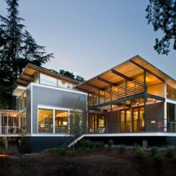Amazing home that collects rainwater for sustainability!