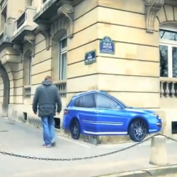 Renault launches the Laguna 4wd with 4 wheel steering for a shorter turning radius. To translate this visually unique steering angle, Publicis Paris displayed the Laguna on street corner walls.
