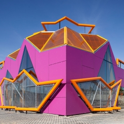 Ultrapop Architecture in the outskirts of Madrid