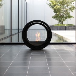 Roll Fire: a bio-ethanol fireplace to roll around