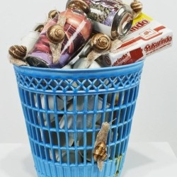 Do you think this is normal bin? I don't think so... Bertozzi and Casoni, Italian Designer decides to show simple object made in new, innovative material. This sculpture? Glaze Ceramic. I love it.