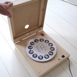 Designer Pieterjan Grandry comes up with the first device capable of playing animated gifs!