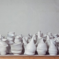 Some wonderful experimental vases by Berlin - Barcelona based ceramist studio Apparatu.