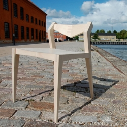 Gunnar is chair with a hard maple seat made by Felicia Hung, RISD Furniture undergraduate student, while studying abroad.