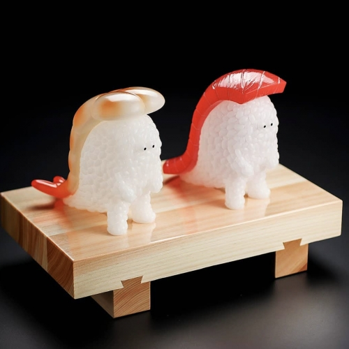 Nakao Teppei Illustrations Sushi LA Toys! Available in Maguro and Ebi variants with and without wasabi... and even a flocked fried shrimp version!