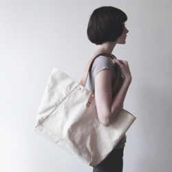 Makr's nice new limited edition of 30 Farm Bag - Simple Natural canvas tote with Undyed Horse Front (HF) Leather straps.