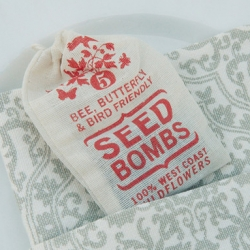 Love the idea of SeedBombs as wedding favors!