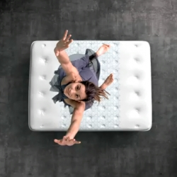 """It's better with springs"" ~ for anyone who loves to JUMP on beds ~ this is such a cute ad (especially when it gets to the foam mattress moment) for Sealy Mattress."
