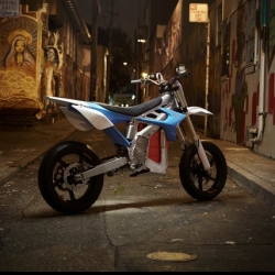 BRD Motorcycles, a high performance electric motorcycle company, just launched in San Francisco, California with their first model: RedShift.