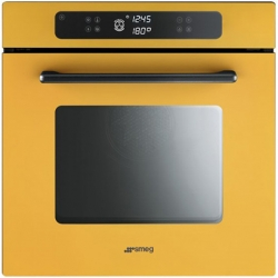 'electric oven' by Marc Newson with shape, dimensions, functions – all perfect to the smallest detail.  SMEG Collection Programmable!
