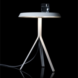 michael koening designed the 'koenig table lamp' 