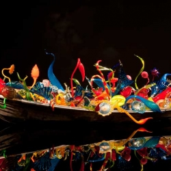 Dale Chihuly has a new exhibition on now at the Museum of Fine Arts Boston. Chihuly has revolutionized the art of blown glass, moving it into the realm of large-scale sculpture as a vehicle for installation and environmental art.