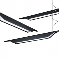 Troag, the new suspension lamp designed by Luca Nichetto for Foscarini, will be presented during Milan Design week.
