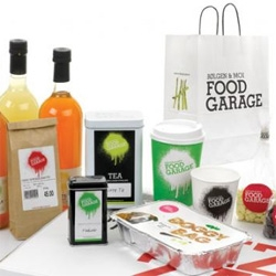 Nice graphic profile by Scandinavian Design Group for Norwegian Food Garage. I really like their doggy bag.