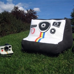 Plusharoid - a giant sx-70 polaroid camera chair.. surely the place to sit while on notcot
