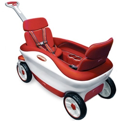 Radio Flyer's Cloud 9 prototype is like the hi-tech concept car of pull wagons! Complete with seatbelts and cup holders!