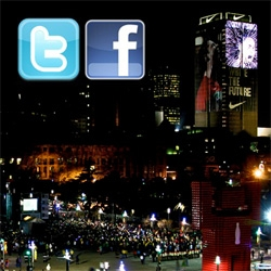 Nike lets you tweet/facebook to one of the largest LED screens yet (half the size of a football pitch!) ~ and messages show up and you can trigger animations of your favorite players larger than life!