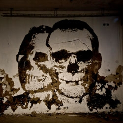 A first look at new work by Vhils at Nuart 2011.