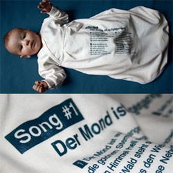 Isn't it a lovely idea! Help parents to get their baby fall asleep without tears - Song lyrics on both sides.